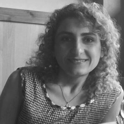 Sanaz Tasougi Azar Headshot