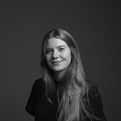 Chiara Schmitt Headshot
